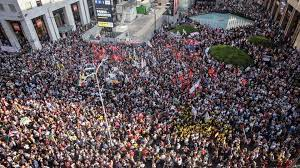 manifestazione persone-5e51647a